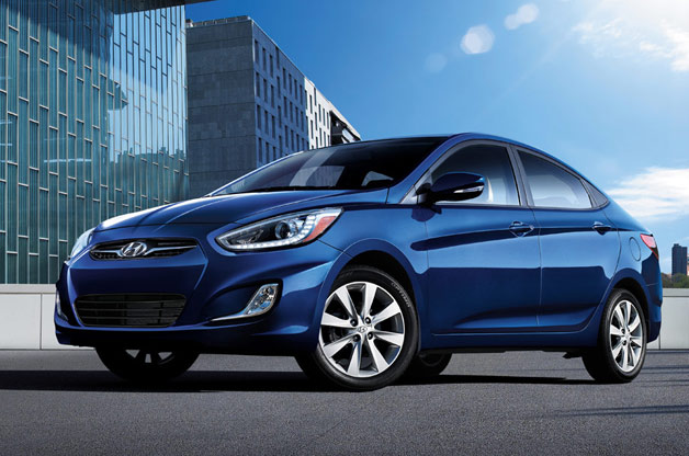 2015-Model-Hyundai-Accent-Blue-Kampanya